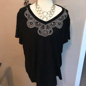 Lovely embroidered tunic size 3X ❤️